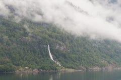 Fjordwaterval en pijler Royalty-vrije Stock Afbeeldingen
