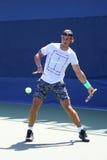 Fjorton mästare Rafael Nadal för storslagen Slam för tider av Spanien öva för US Open 2015 Arkivfoto
