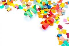Flâmulas dos confetes do carnaval isoladas no fundo branco fotografia de stock royalty free