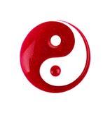 Fläcken av spikar polermedel i formen av tecknet av yin yang royaltyfri fotografi