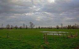 Flämische Ackerlandlandschaft Lizenzfreies Stockfoto