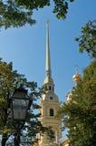 Flèche de cathédrale de Peter et de Paul dans le St Petersbourg Photos libres de droits
