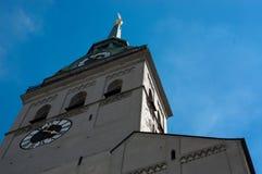 Flèche Munich Allemagne de l'église de St Peter Image stock