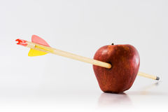Flèche par un Apple Image libre de droits
