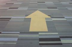 Flèche sur le tapis Photographie stock