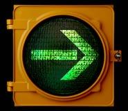 Flèche tourne-à-droite de feu de signalisation Photo libre de droits