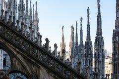 Flèches de détail de cathédrale de Duomo à Milan, Italie Architec gothique Photos libres de droits