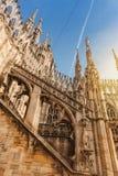 Flèches de duomo de cathédrale de Milan Image stock