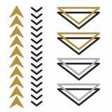 Flèches originales, créatives et belles indiquant la direction volume et flèches plates triangles illustration stock