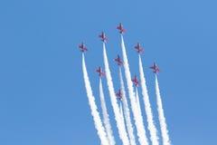 Flèches rouges chez le Pays de Galles Airshow national 2017 Image stock