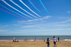 Flèches rouges chez le Pays de Galles Airshow national 2017 Photographie stock libre de droits