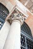 Fléau en pierre vénitien photo libre de droits