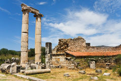 Fléaux antiques et ruines de mur Photographie stock libre de droits