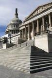 Fléaux d'architecture de dôme de capitol des USA Photographie stock libre de droits