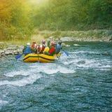 Flößen auf dem Fluss Stockfoto
