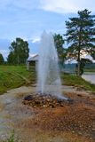 Flöda väl på bankerna av floden Royaltyfri Bild