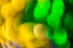 Flödande färg för abstrakt bakgrund över tenn- folie Fotografering för Bildbyråer