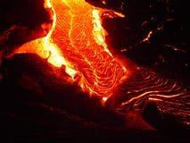 flödande lava arkivbild