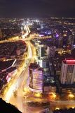 Flödande trafikbelysning kunming royaltyfria bilder