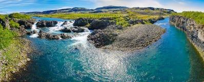 Flöde av icelandic blått vatten Royaltyfri Foto
