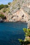 Flöde de Pareis - fjärd för Sa Calobra i Majorca Royaltyfri Bild