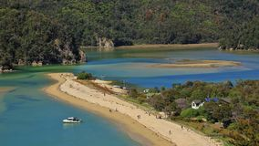 Flödefjärd, Abel Tasman National Park royaltyfri bild