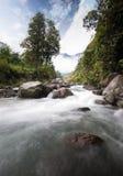 flödesflod Arkivfoton