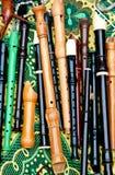 Flöten von verschiedenen Arten auf einem hellen Hintergrund Lizenzfreie Stockbilder