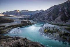 Flüsse Chuya und Katun Stockfotos