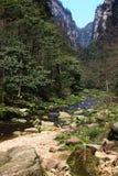 Flüsse in den Zhangjiajie-Bergen lizenzfreie stockfotos