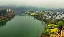 Flüsse und Dörfer Lizenzfreie Stockfotografie