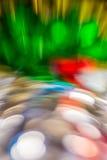 Flüssige Farbe des abstrakten Hintergrundes über Zinnfolie Stockfotos