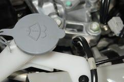 Flüssige Kappen innerhalb eines Automotors Lizenzfreie Stockfotografie