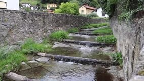 Flüssige Zeitspanne des Flusses stock footage