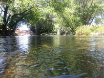 Flüssiger Fluss Lizenzfreie Stockfotos