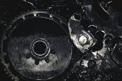Flüssigkeit auf schmutziger Gangmaschine Stockfoto