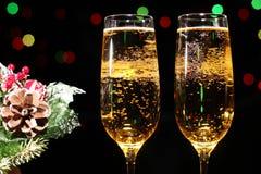 Fl?ten des Champagners in der Feiertagseinstellung lizenzfreie stockfotografie
