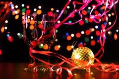 Fl?ten des Champagners in der Feiertagseinstellung stockbild