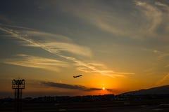 Flache Abreise von Osaka stockfotos