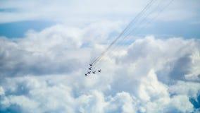 Flache Ausstellung im Himmel Stockfoto