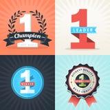 Flache Design-Nummer Eins-Siegerbänder und -ausweise Stockbild
