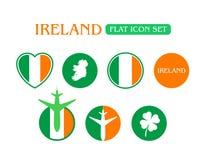 Flache Ikone eingestellt mit Irland-Flagge Stockfotos