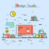 Flache Illustration des Design-Studios oder des Arbeitsplatzes Stockfotos