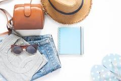Flache Lage der zufälligen Art der Frau für Sommer, Sommer und Reise Stockbilder