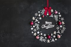 Flache Lage des Weihnachtskranzes stock abbildung