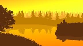 Flache Landschaftsdesign-Flussbank am Nachmittag Lizenzfreie Stockfotografie