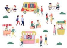 Flacher Vektorsatz junge Leute und Schnellimbiß der Straße Kaffeepause und Mittagspause Eiswagen, Würstchen-LKW, Stall vektor abbildung
