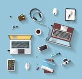 Flaches Design - Arbeitsplatz - Draufsicht Lizenzfreie Stockfotos