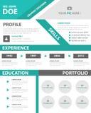 Flaches Design des grünen intelligenten kreativen Zusammenfassungsgeschäftsprofil Lebenslauf-Vitaeschablonen-Plans für Bewerbungs Stockbild