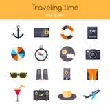 Flaches Design die Ikonen, die von der Planung Sommerferien reisend, Feiertage, Reise, Tourismus eingestellt werden, Reise wendet Lizenzfreie Stockbilder